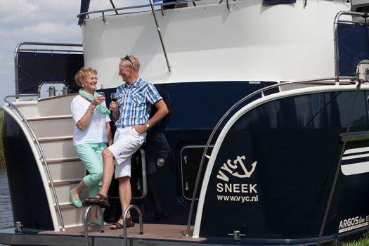 06 fotografie kruizer huren varen opa oma wijn veldman yacht charter 525x350