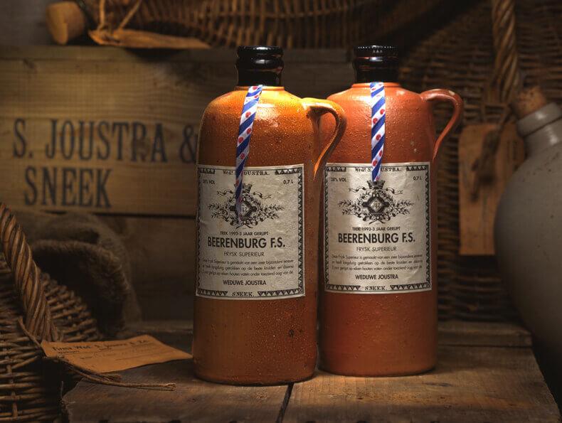 Met een toplicht zet je zo de flessen van Weduwe Joustra in de spotlights.