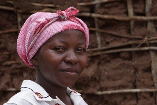 05 Tanzania portretten boerinnen farmfriends fotografie DSF3341 525x352
