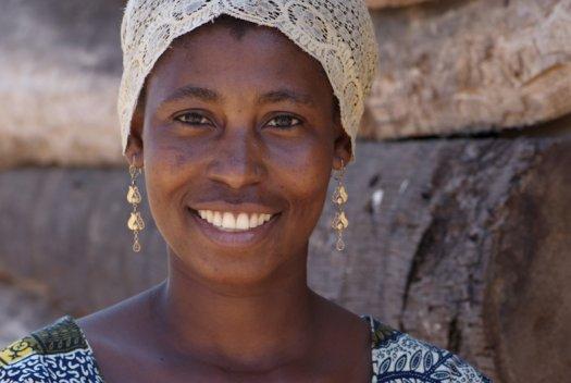 11 Tanzania portretten boerinnen farmfriends fotografie DSF3715 525x352