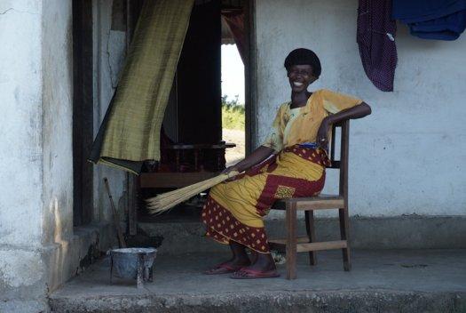 14 Tanzania portretten boerinnen farmfriends fotografie DSF4045 525x352
