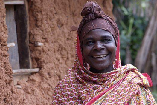 25 Tanzania portretten boerinnen farmfriends fotografie DSF4645 525x352