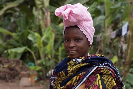 42 Tanzania portretten boerinnen farmfriends fotografie DSF5212 525x352