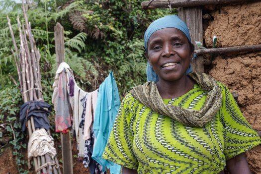 18 boerin trotsevrouw Anna Gidion Amani Tanzania 4608 525x351